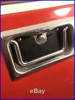 1973 Metal Coleman Cooler excellent vintage condition with Original Compartments