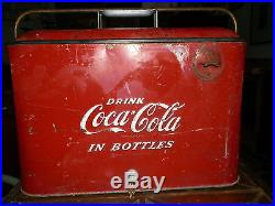 COCA-COLA ORIGINAL 1950's VINTAGE METAL PORTABLE PICNIC COOLER Coke