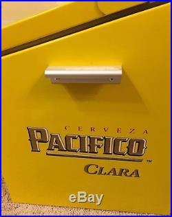 New Cerveza Pacifico Clara Metal Beer Cooler Holds 24 Bottles Great Condition