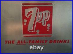 ORIGINAL VINTAGE ADVERTISING METAL 7UP COOLER SODA POP ALUMINUM WithTRAY