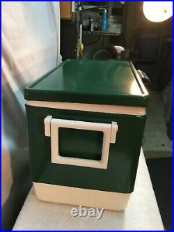 VINTAGE COLEMAN LANTERN CO. ANTIQUE RETRO COOLER ICE BOX GREEN 18x13x11