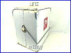 VINTAGE PROGRESS REFRIGERATION 7-UP SODA BOTTLE ICE METAL COOLER