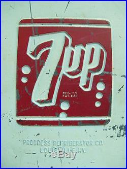 VTG 1950's Progress Refrigerator Metal 7UP Soda Advertising Cooler Ice Chest yqz