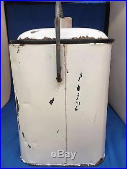 Vintage 7 UP Progress Refrigerator Co. White Metal Cooler Bottle Opener