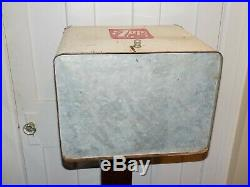 Vintage 7 Up Metal Embossed Cooler