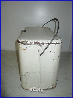 Vintage 7up Metal Cooler, Container & 4 Wizard Dri Cube Ice In Cans, SEE DETAILS