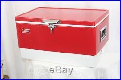 Vintage-Coleman-Chest-RED-WHITE-Metal-Side-Swing-Lock-Cooler-Bottle-Opener