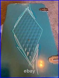Vintage Coleman Teal Metal Cooler Diamond Snow-Lite Handles Opener Ice Chest