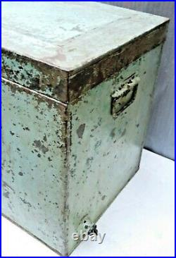 Vintage Metal Ice Box Cooler big size Green color inside different Compartment