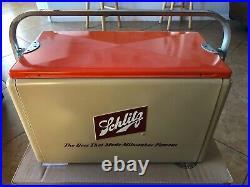 Vintage Rare Schlitz Beer Metal Cooler Milwaukee Cronstroms MN with Tray