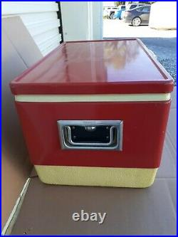 Vintage Red Metal COLEMAN Ice Chest Cooler 22 wide, made 6/82