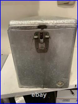 Vintage Schlitz Beer Aluminum Beer Cooler Milwaukee Wisconsin Cronstroms Metal