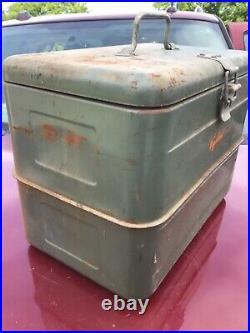 Vintage Vagabond Metal Ice Box Chest Cooler RARE! Airstream camper camping