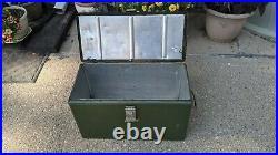 Vintage Vagabond Metal Ice Box Chest Cooler RARE! Hemp & Co Macomb ILL. Green