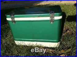 Vtg Coleman Diamond Medium Size Green Metal & Plastic Picnic Ice Cooler